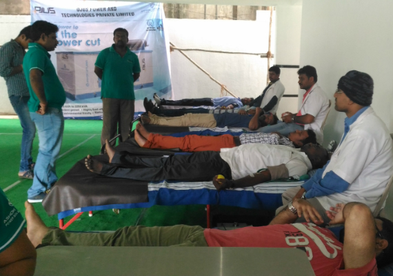 Blood-donation-camp-02